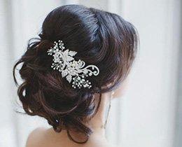 Izdelava lepe in cenovno ugodne poročne frizure